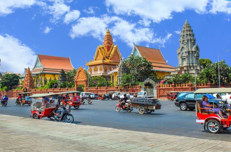 Wat Ounalom in Phnom Penh lizenzfreie stockbilder