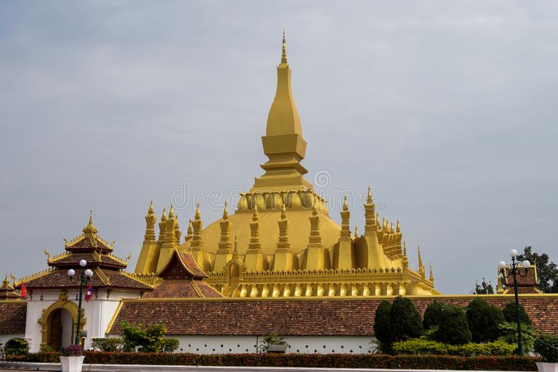 Wat Pha That Luang Temple a Vientiane, Laos immagini stock