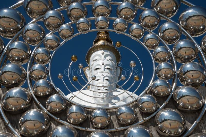 Wat Pha Sorn Kaew также известное как Wat Phra что Pha Kaew, бутон стоковые фотографии rf