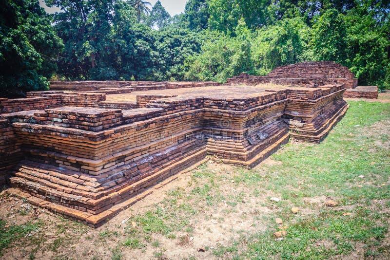 Wat Phaya Mangrai (Tempel van Koning Mangrai), een geruïneerde tempelplaatsen stock foto's