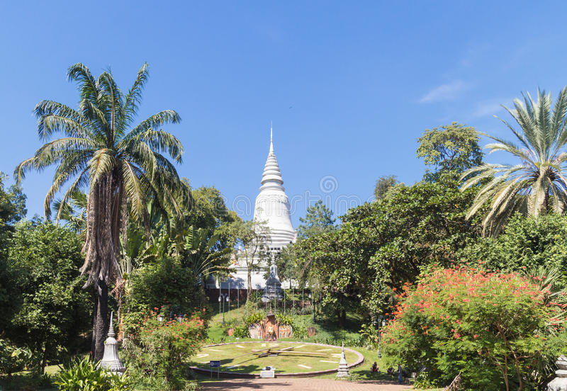 Wat Phnom image stock