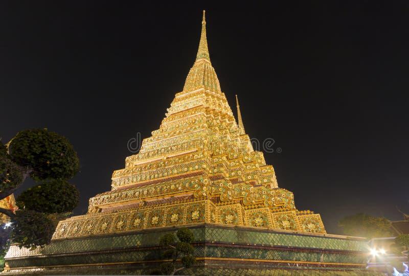 Wat Pho在晚上在曼谷 免版税库存照片