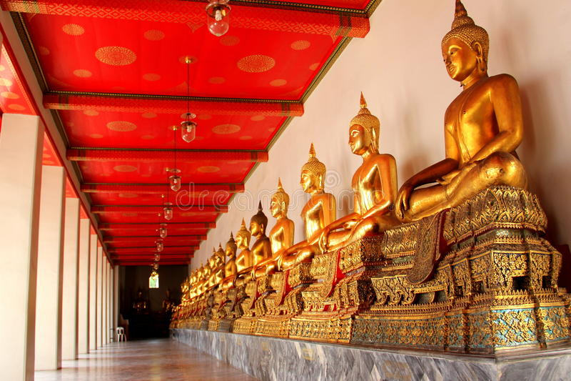 Download Wat Pho imagen de archivo. Imagen de conecte, direccional - 41902549