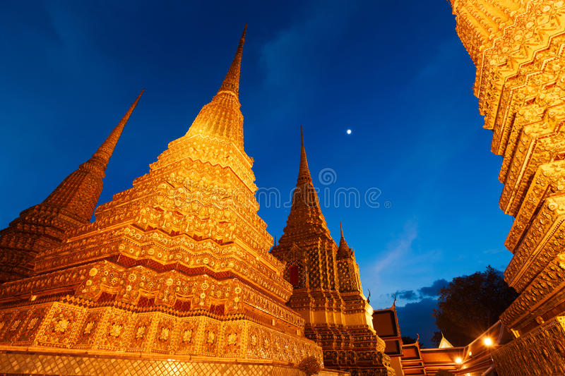 Download Wat Pho In Bangkok, Thailand Stock Photo - Image of famous, beautiful: 35417856