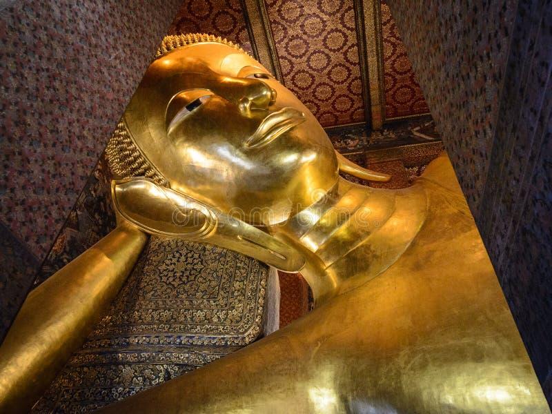 Wat Pho Temple av vilaBuddha i Bangkok, Thailand royaltyfri fotografi
