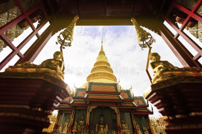 Wat Phra骇黎朋猜,寺庙在南奔泰国 免版税库存照片