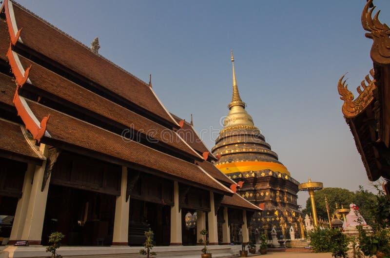Wat Phra тот висок Lampang стоковая фотография rf