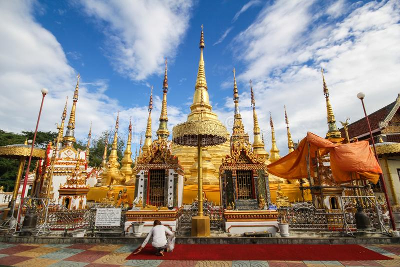 Wat Phra Borommathat Bantak, Tak Province, Thailand lizenzfreie stockfotos