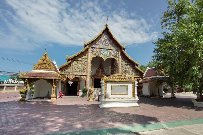Wat Phra Chao Nang Din nella provincia di Phayao, Tailandia immagine stock
