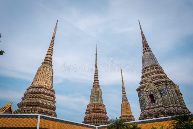 Wat Phra Chetuphon Wat Pho eller Wat Phra Chetuphon Vimolmangklararm Rajwaramahaviharn royaltyfri bild