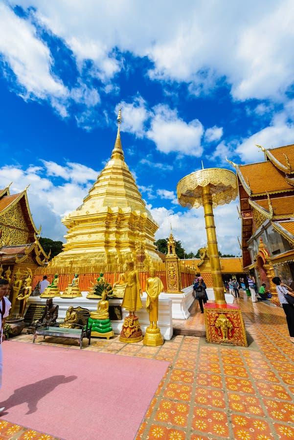 Wat Phra That Doi Suthep il tempio fondato nel 1385 è una l importante fotografia stock libera da diritti