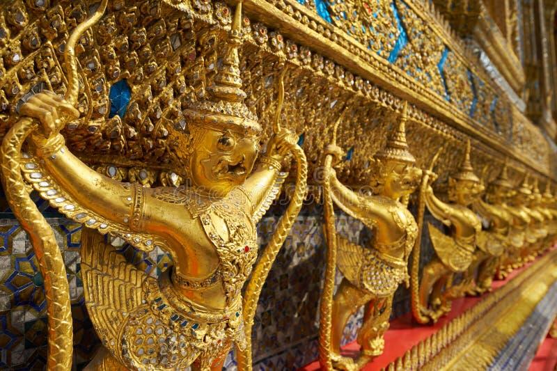 Wat Phra Kaeo στο μεγάλο παλάτι στη Μπανγκόκ στοκ εικόνες