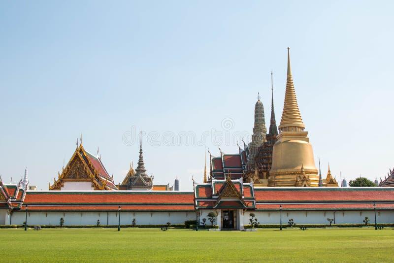 Wat Phra Kaew, ориентир Бангкока известный Таиланда стоковые фото