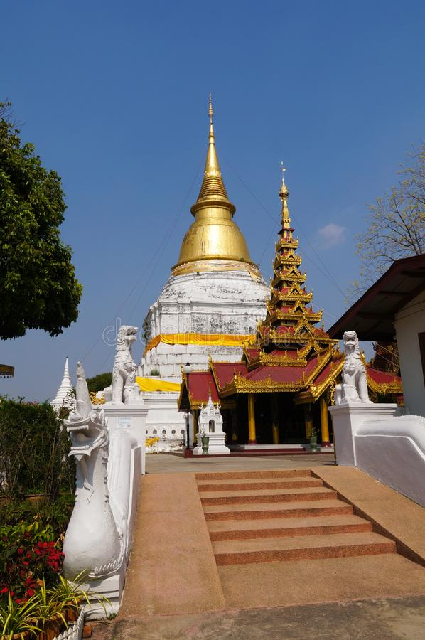 Wat Phra Kaew Don Tao, Lampang, Thailand royalty-vrije stock foto