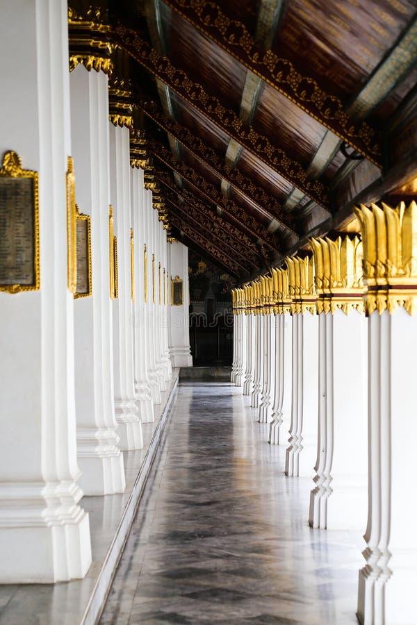 Wat Phra Kaew, palácio grande em Banguecoque, Tailândia fotos de stock
