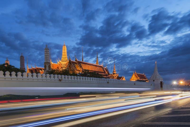 Wat Phra Kaew, tempel av Emerald Buddha eller storslagen slott, Bangkok, Thailand royaltyfria foton