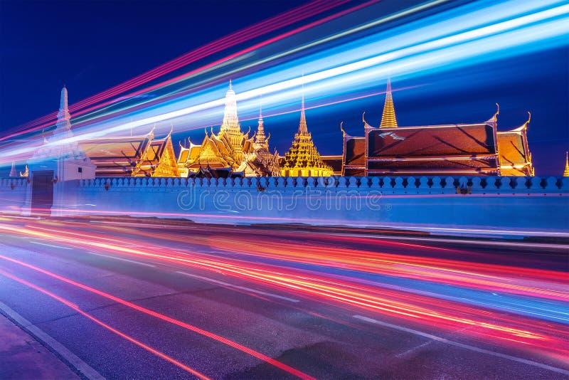 Wat Phra Kaew Temple van de Emerald Buddha-nachtmening in Bangkok, Thailand royalty-vrije stock afbeeldingen