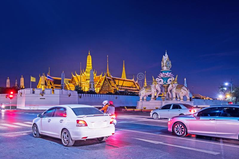 Wat Phra Kaew Temple van de Emerald Buddha-nachtmening in Bangkok, Thailand stock foto's