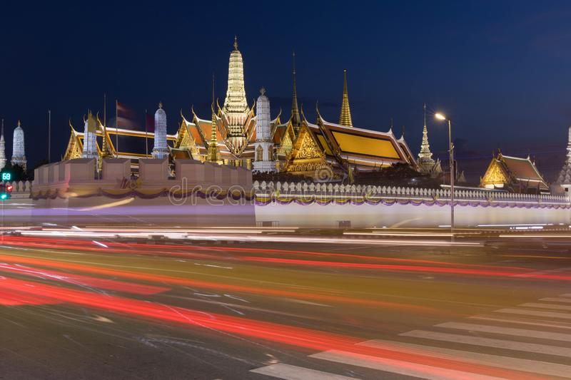 Wat Phra Kaew - templet av Emerald Buddha i Bangkok, Thailand royaltyfri fotografi
