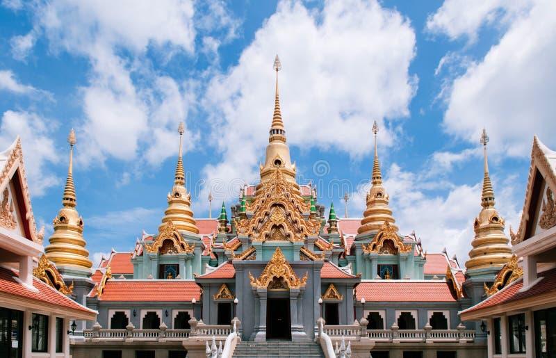 Wat Phra Mahathat chedi Pakdee Prakard, Prachuap Khiri Khan, Tha arkivfoto
