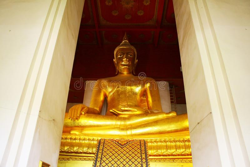 Wat Phra Mongkhon Bophit Image, Ayutthaya, Thailand. Phra Mongkhon Bophit is one of the largest bronze Buddha images in Thailand. The image is believed to have royalty free stock images
