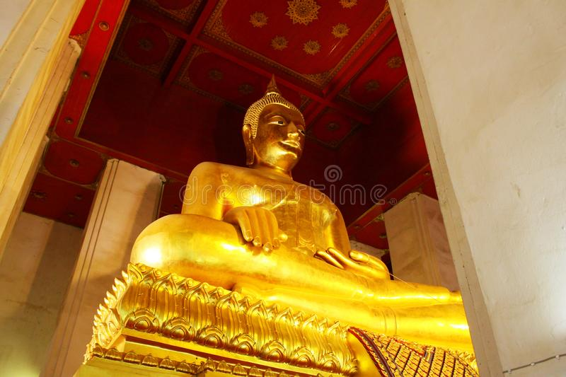 Wat Phra Mongkhon Bophit Image, Ayutthaya, Thailand. Phra Mongkhon Bophit is one of the largest bronze Buddha images in Thailand. The image is believed to have stock photos