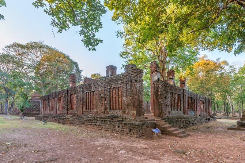 Wat Phra Non Reclining Buddha temple in Kamphaeng Phet Historical Park, UNESCO World Heritage site.  stock photos