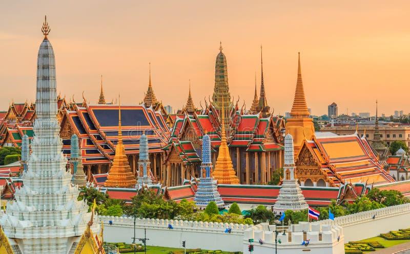 Wat Phra Si拉塔纳Satsadaram或曼谷玉佛寺 库存照片