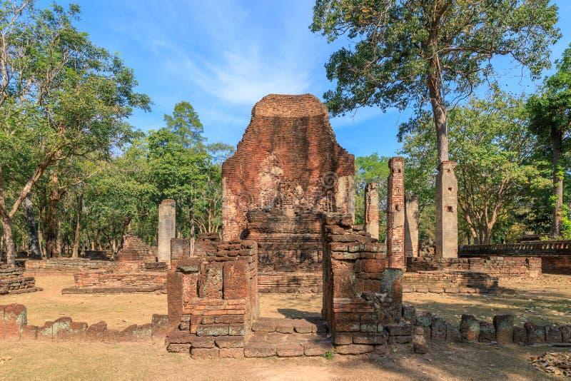 Wat Phra Si Ariyabot寺庙在甘烹碧府历史公园,联合国科教文组织世界遗产名录站点 库存照片