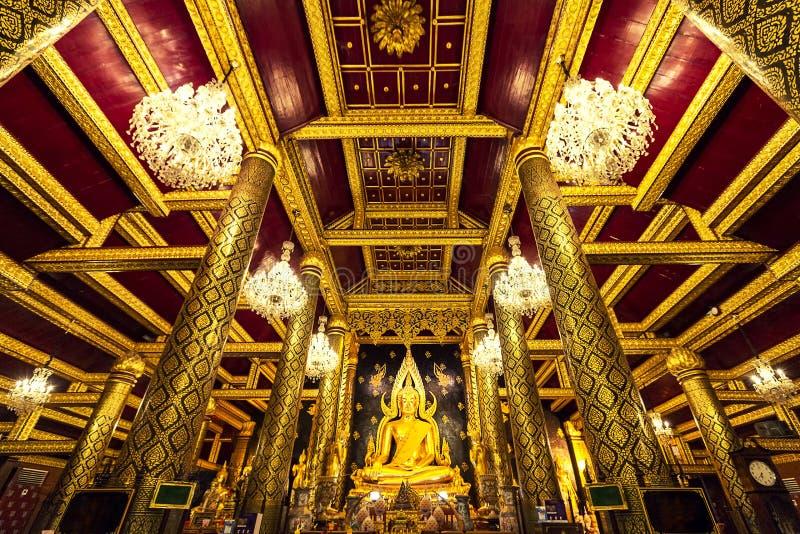 Wat Phra Si Rattana Mahathat świątynia jest sławny dla swój zakrywającej statuy Buddha, znać jako Phra Phuttha Chinnarat obraz stock