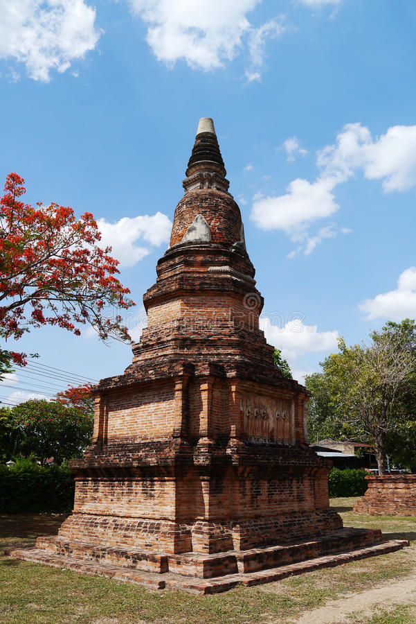 Download Wat Phra Sri Ratana Mahathat ,thailand ,pagoda Stock Photo - Image of asia, brick: 31319428