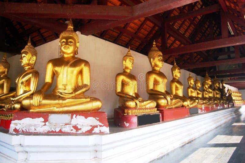 Wat Phra Sri Rattana Mahatat Woramahawihan på Phitsanulok Thailand royaltyfri foto