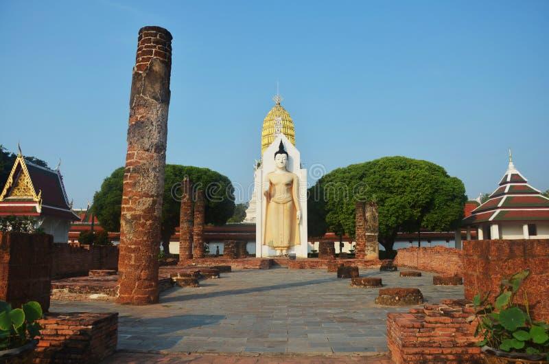 Wat Phra Sri Rattana Mahatat Woramahawihan a Phitsanulok Tailandia fotografie stock libere da diritti