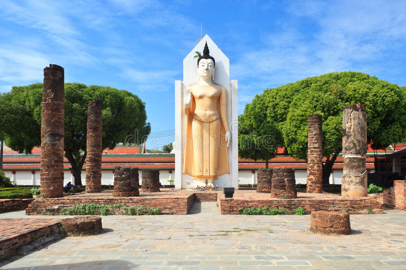 Wat Phra Sri Rattana Mahathat,Phitsanulok Thailand. Buddha statue and ruins at the Wat Phra Sri Rattana Mahathat Temple, Phitsanulok - Thailand royalty free stock photo