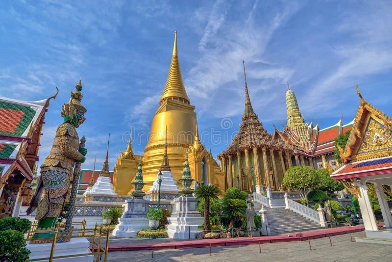 Wat Phrakaew在曼谷,泰国 图库摄影