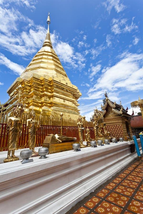 Download Wat Phrathat Doi Suthep Tempel In Thailand. Stockfoto - Bild von gold, orientalisch: 27733140