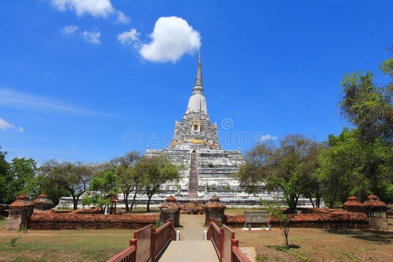 Wat Phu Khao Thong a Ayutthaya, Tailandia fotografia stock