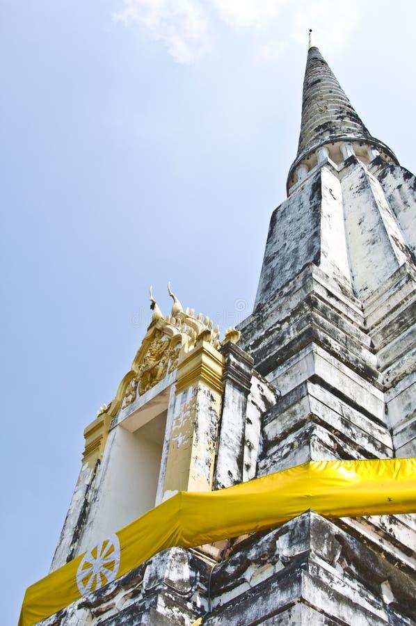 Wat Phu Khao Zapfen lizenzfreie stockfotos