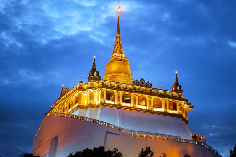 Wat-phu khao Zapfen, goldener Bergtempel stockbilder