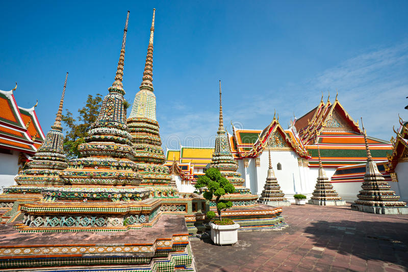 Download Wat Po,  Bangkok, Thailandia. Stock Photo - Image: 17673358