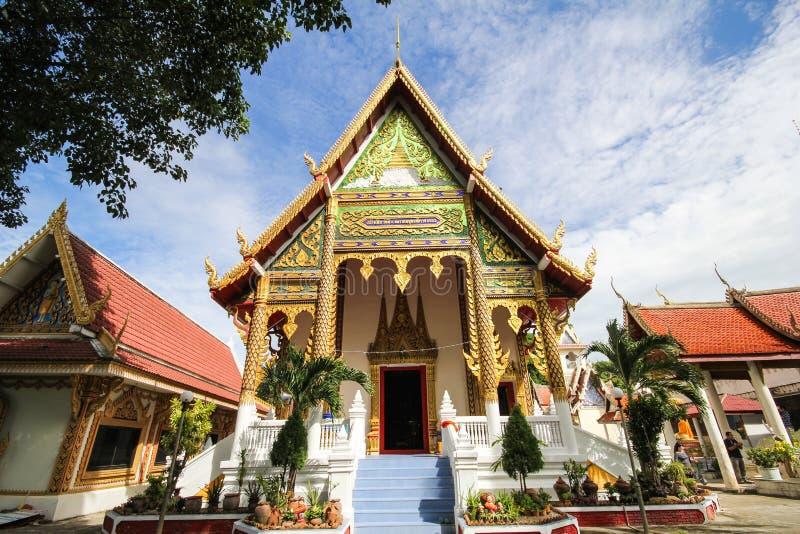 Wat Pong Sanuk, Lampang, Tailândia fotos de stock royalty free