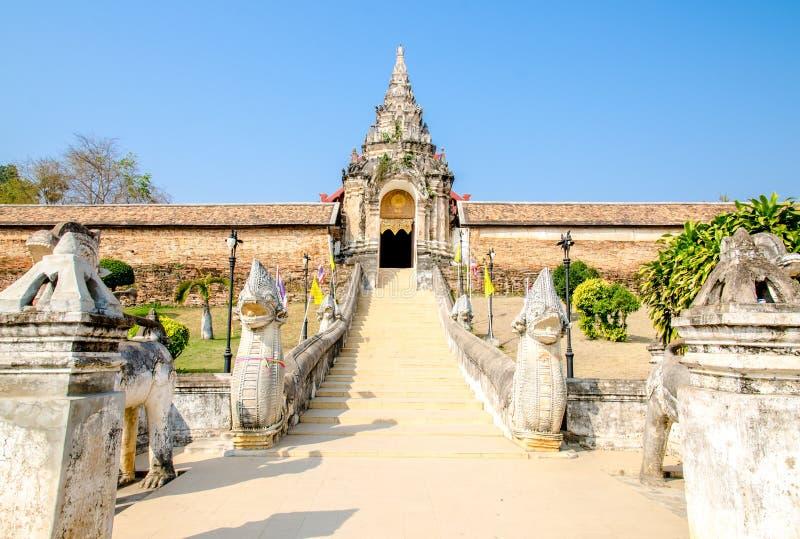Wat Pra которое Lampang Luang, Таиланд стоковые фотографии rf