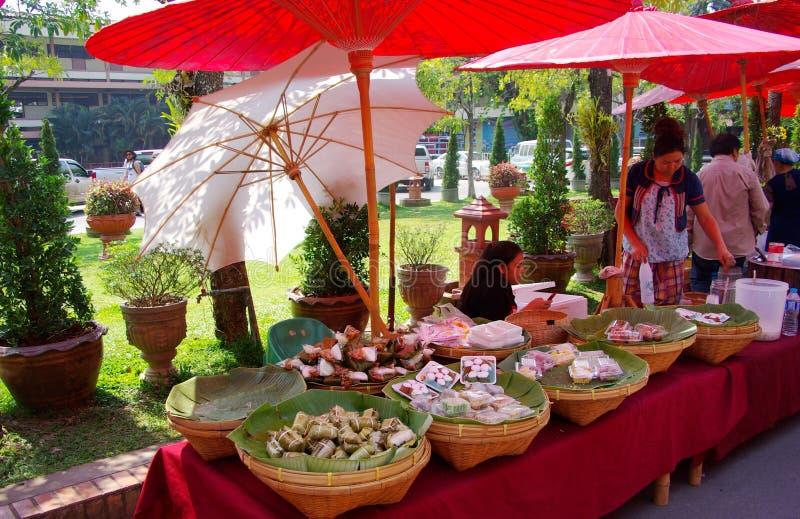 Wat Prah Singh Food Stalls foto de stock royalty free