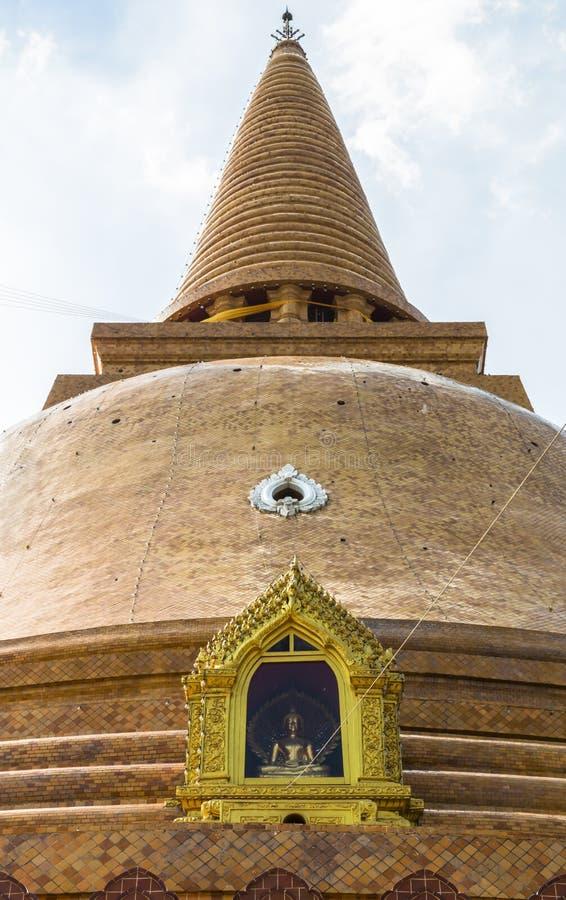 Wat Prapathomchedi стоковое фото