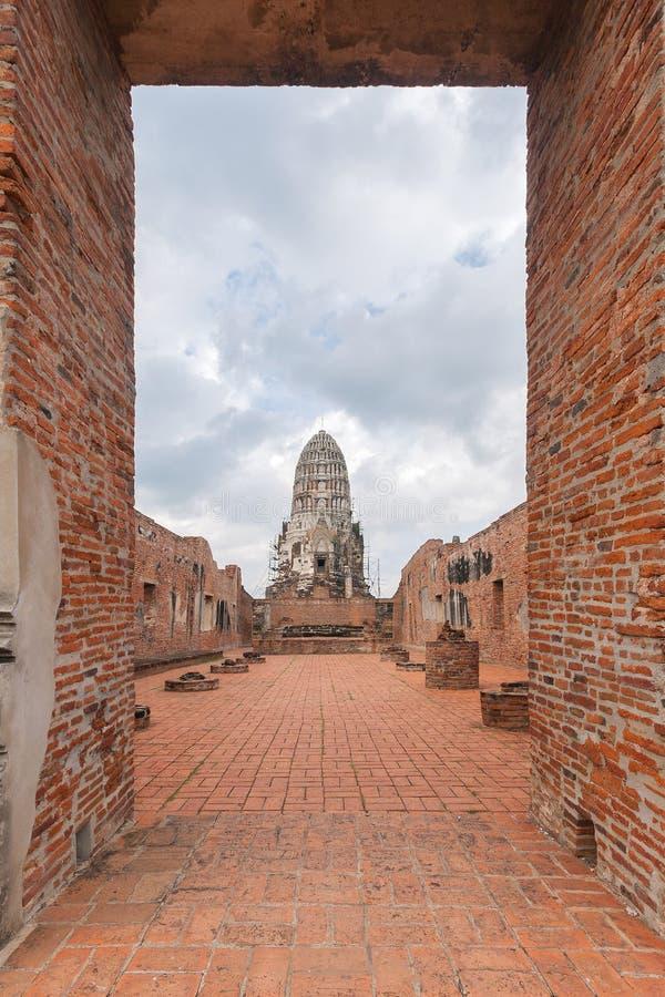 Wat Ratburana在阿尤特拉利夫雷斯,泰国 库存照片