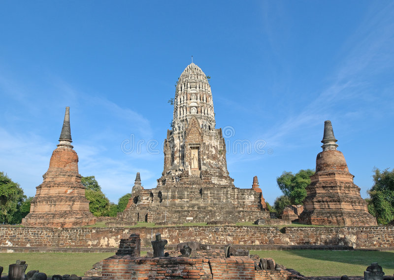 Wat Ratburana, Ayutthaya, Thailand royalty free stock photo