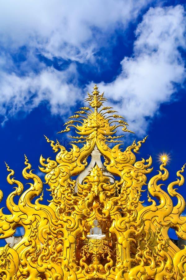 Download Wat Rong Khun stockbild. Bild von buddhismus, ethnicity - 26352869