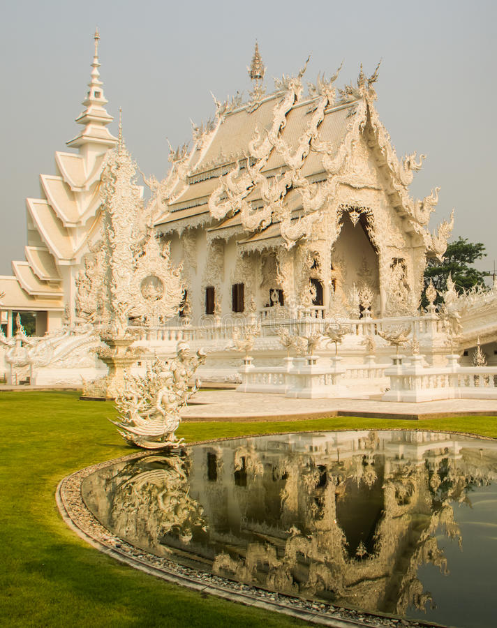 Download Wat Rong Khun stock image. Image of building, statue - 39511873