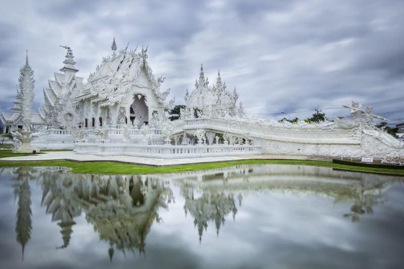 Wat Rong Khun på det Chiang Rai landskapet royaltyfri foto
