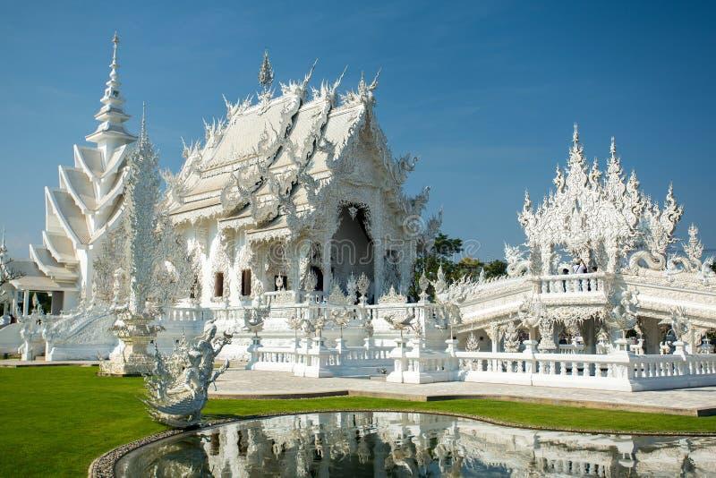 Wat Rong Khun (templo branco) em Chiang Rai fotos de stock royalty free